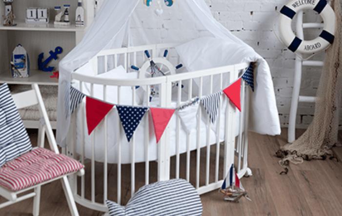 Babybett: ein sicherer schlafplatz für das baby aufwachsen