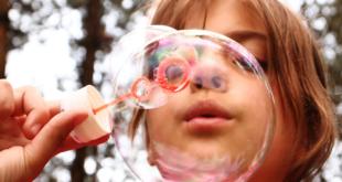 Seifenblasen 310x165 - Kinder brauchen Bewegung um sich gesund zu entwickeln