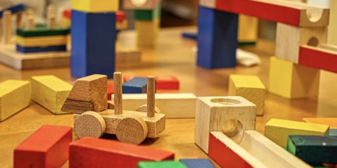 Holzspielzeug 660x330 - Holzspielzeug - nachhaltig und unverwüstlich