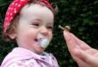 Kleinkind mit Schnuller 110x75 - Abschied vom Schnuller - ohne Drama